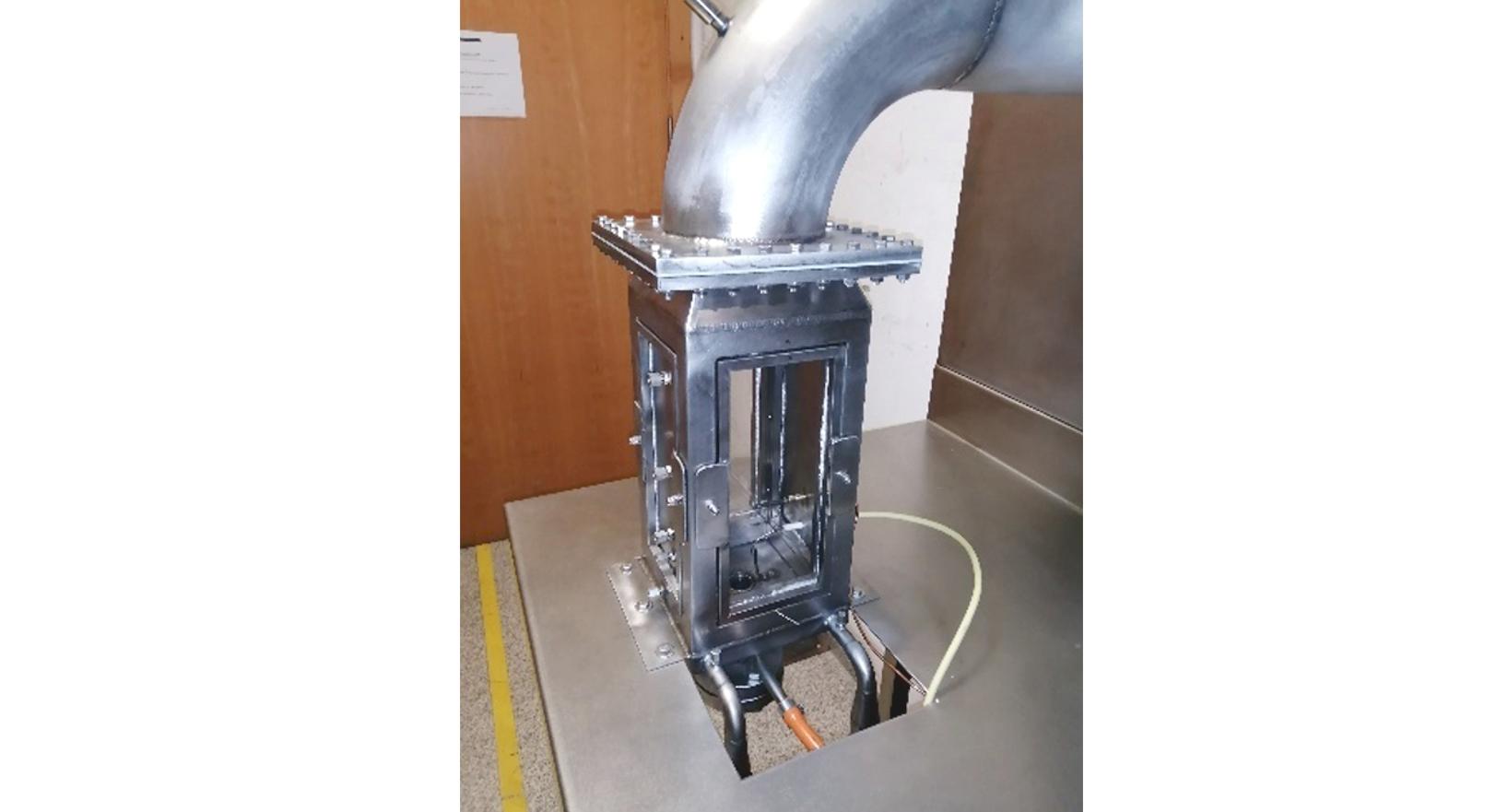Oxy-fuel burner
